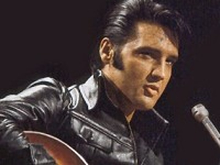 You'll Never Walk Alone by Elvis Presley - Live Version