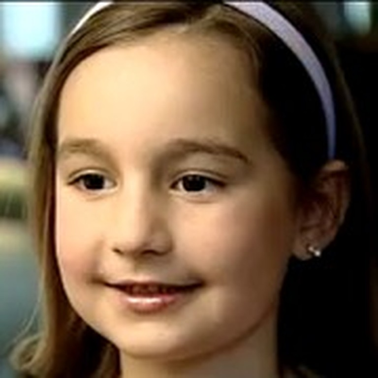 6 Year Old Pianist Wows the World with her Ability