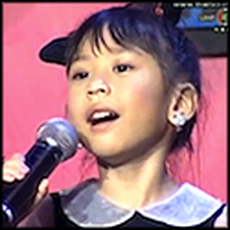 5 Year Old Girl Sings You Raise Me Up - Cute and Beautiful