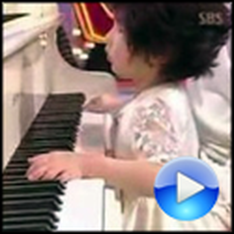5 Year Old Blind Pianist Can Play Mozart and More