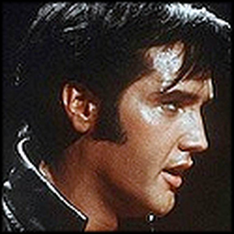Elvis Presley Sings a Fantastic Version of Silent Night