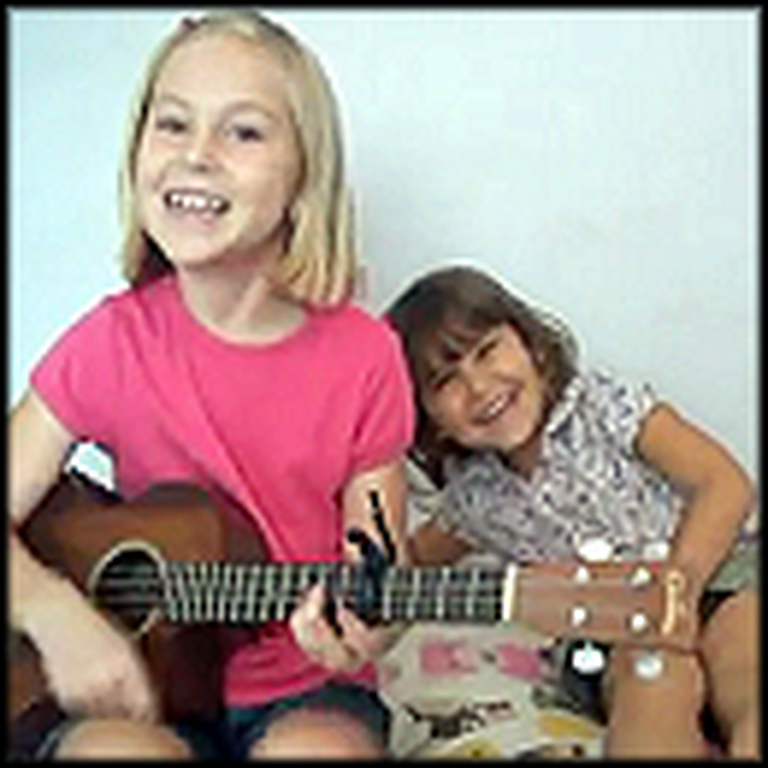 Adorable Sisters Sing a Song That Will Melt Your Heart