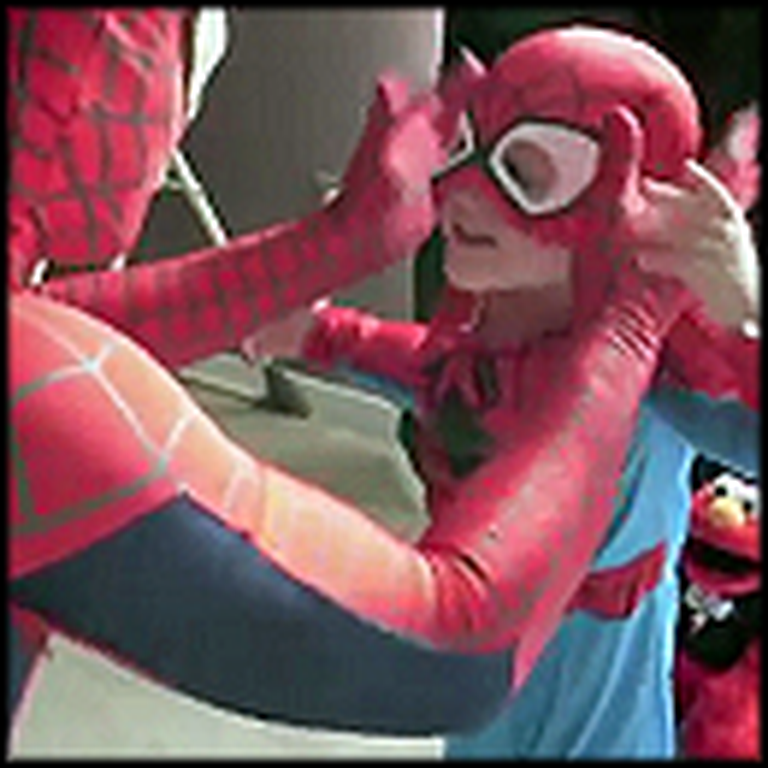 Best Dad Ever Dresses Up as Spiderman to Make his Son's Day