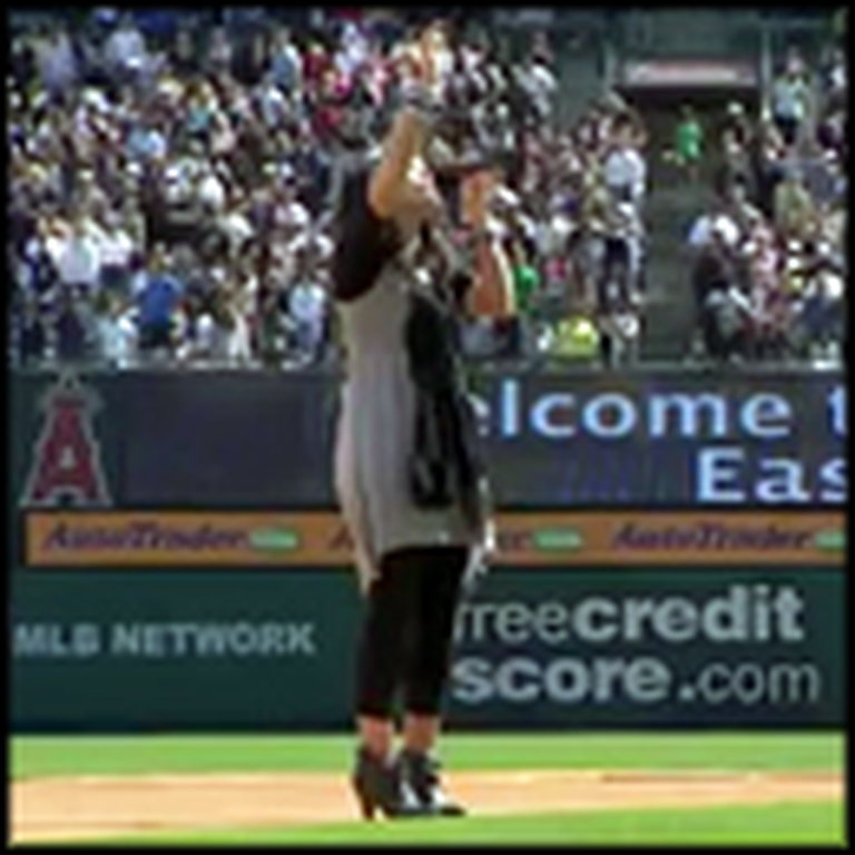 Kari Jobe Knocks a Song Out of the Park - Literally!