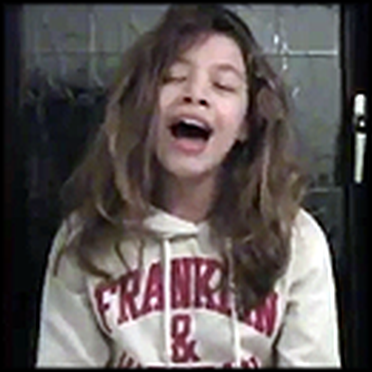 Young Girl Belts Out Amazing Grace Like a Professional - Beautiful