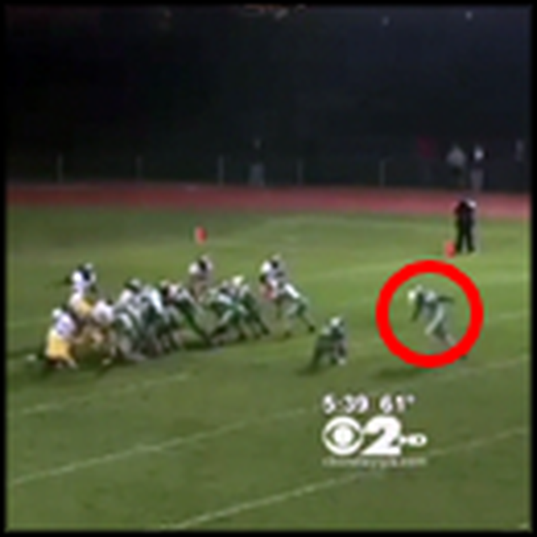 Teen with Autism Does the Unbelievable in this Football Game