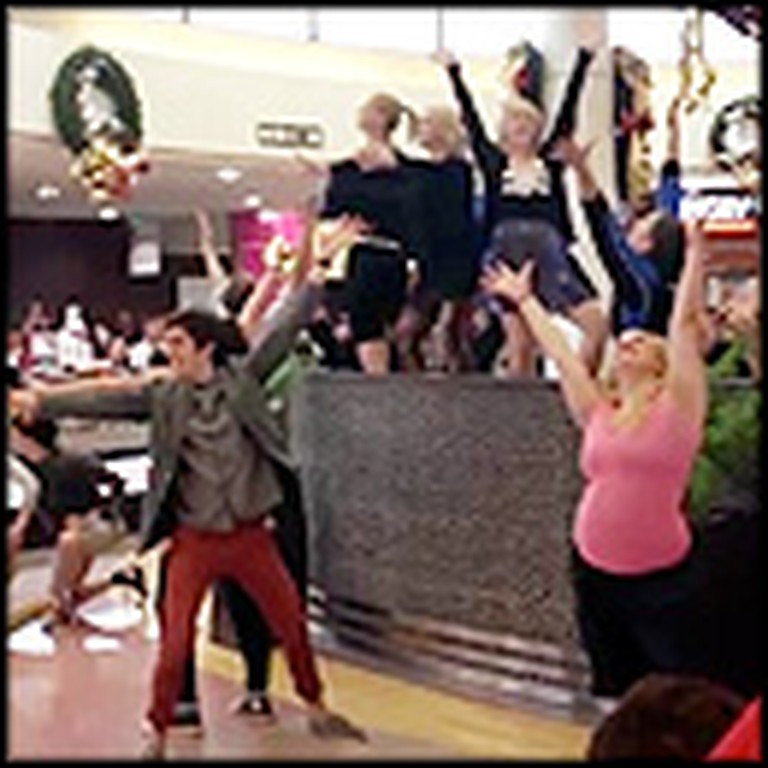Christmas Shoppers Get Surprised with a Holiday Flash Mob