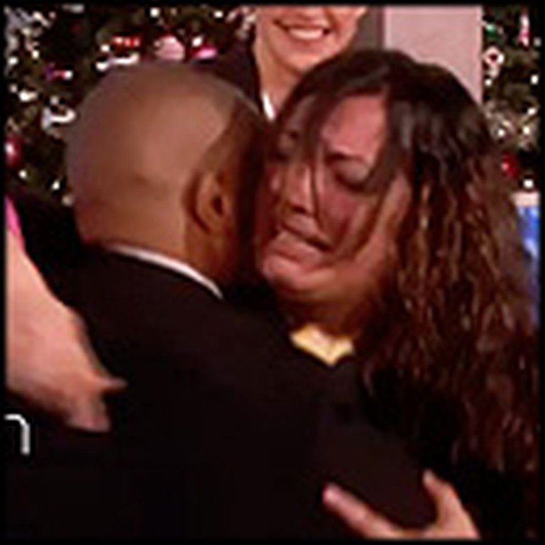 Fiancee of Deployed Soldier Receives 3 Huge Surprises for Christmas