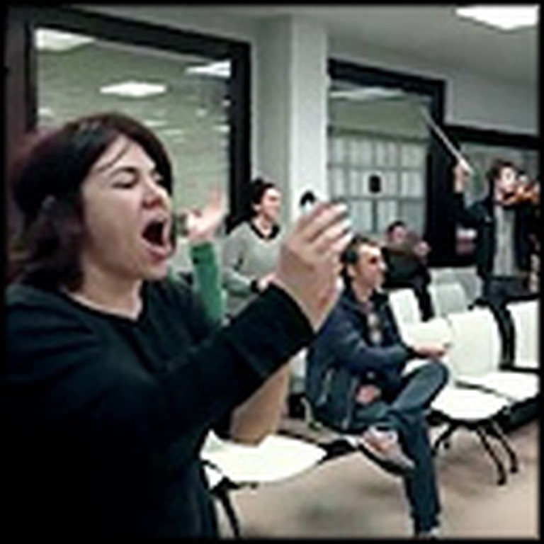Flash Mob Cheers Up the Unemployed with Beatles Music