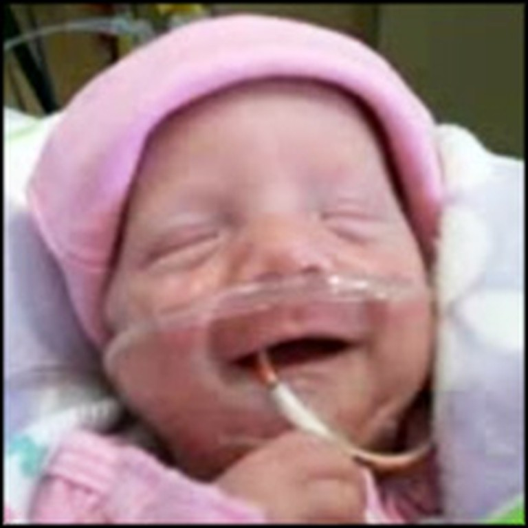 Mom with Cancer Refuses Treatment to Save her Baby's Life