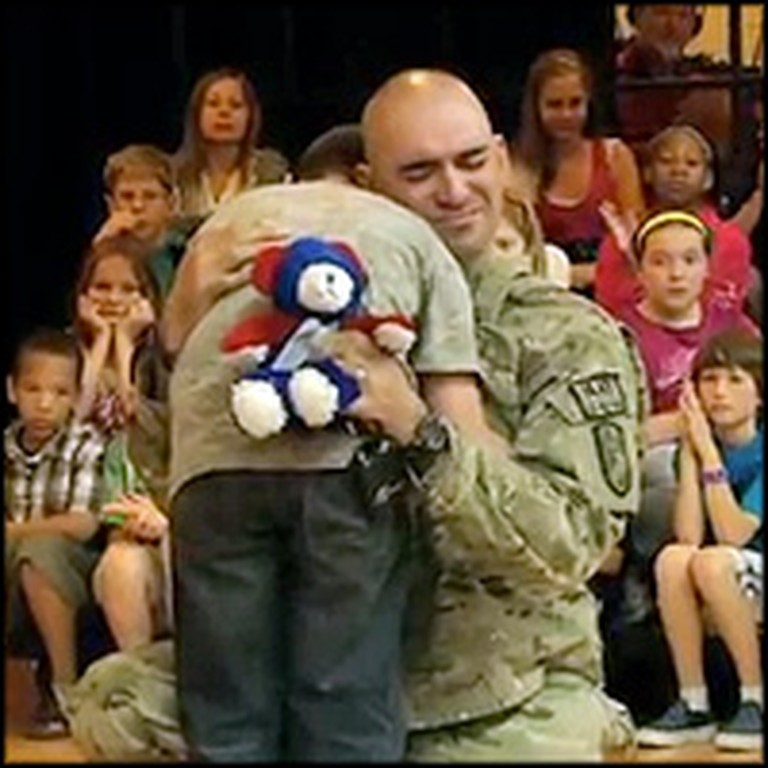 Soldier Gives his Son a Great Surprise During the Pledge of Allegiance