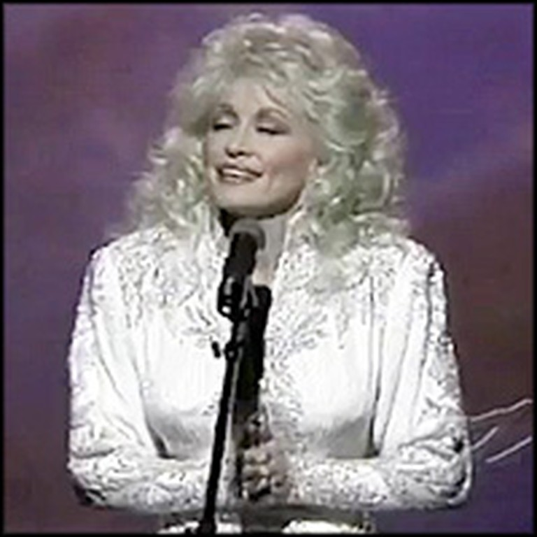 Dolly Parton Sings a Powerful Easter Classic - He's Alive