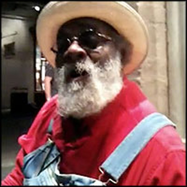 Street Musician Sings a Version of Amazing Grace That Will Give You Chills