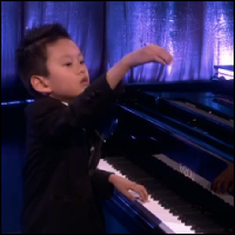 5 Year-Old is an Unbelievable Piano Prodigy!