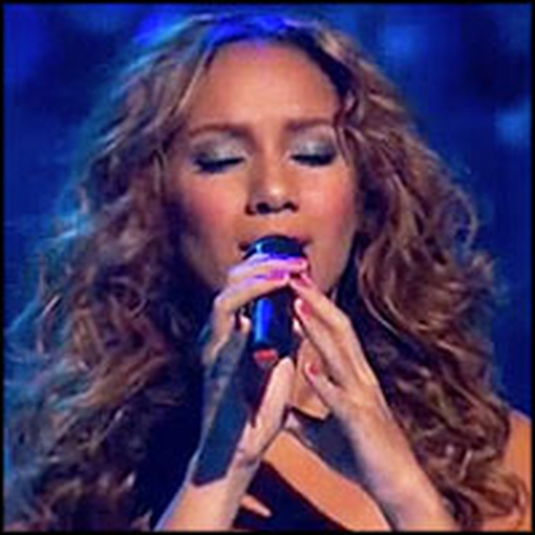 Leona Lewis Singing Footprints in Sand Will Give you Goosebumps