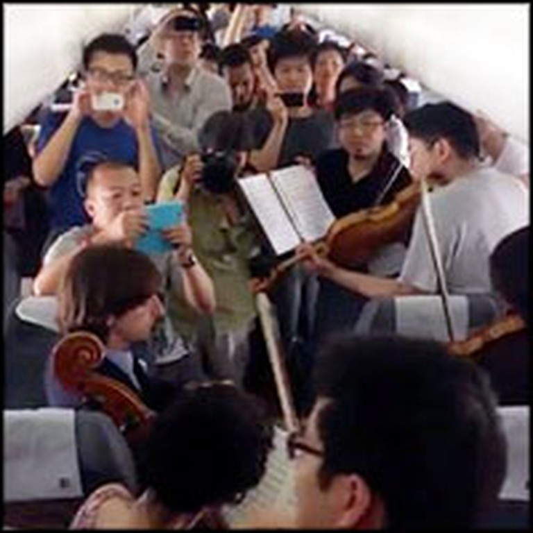 Philadelphia Orchestra Does Something Amazing for Passengers Stuck on Runway