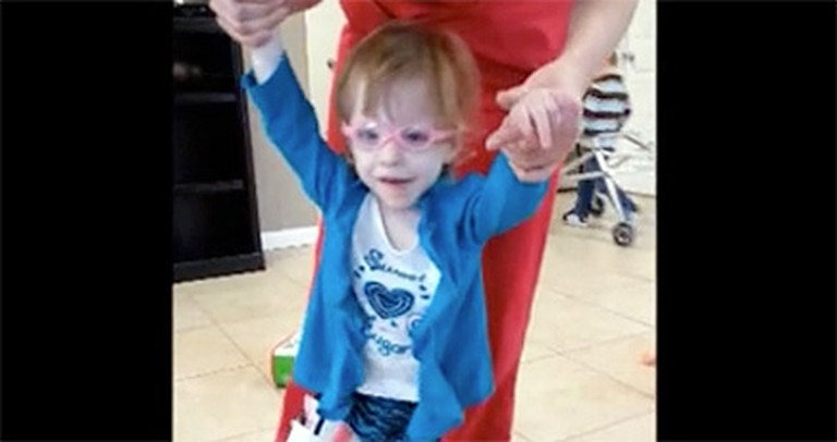 Three Year Old with Cerebral Palsy Experiences a Miracle - Just Watch. :)