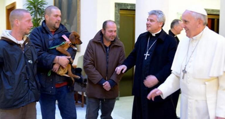 Four Homeless Men Experience a Heartfelt Christian Act of Kindness