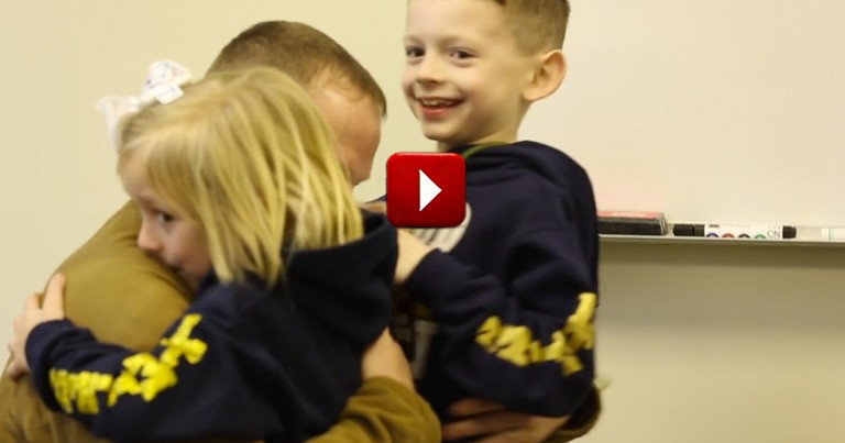 It Started Off as a Typical School Day, Until These Kids Got the BEST Surprise Visitor!