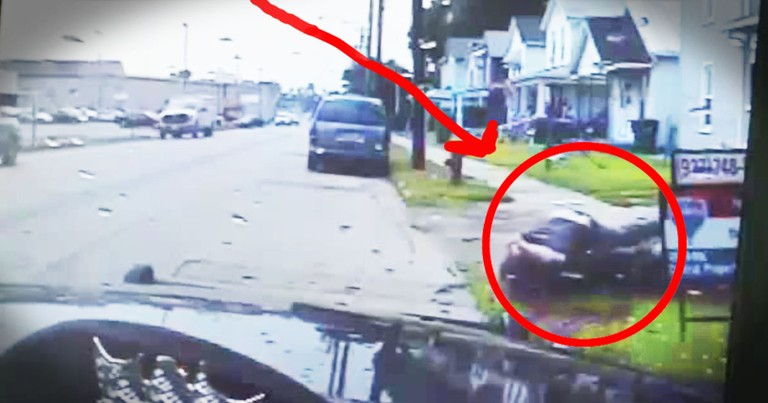 2 Good Samaritans Put Their Lives On The Line For A Man Who Does That Everyday For Them. Whoa!