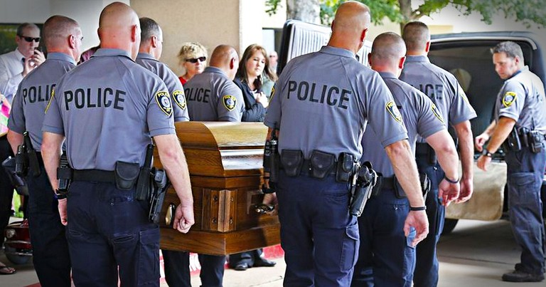 When You See What Officers Did For This Fallen Hero You'll Be Stunned. Get Your Tissues Ready!