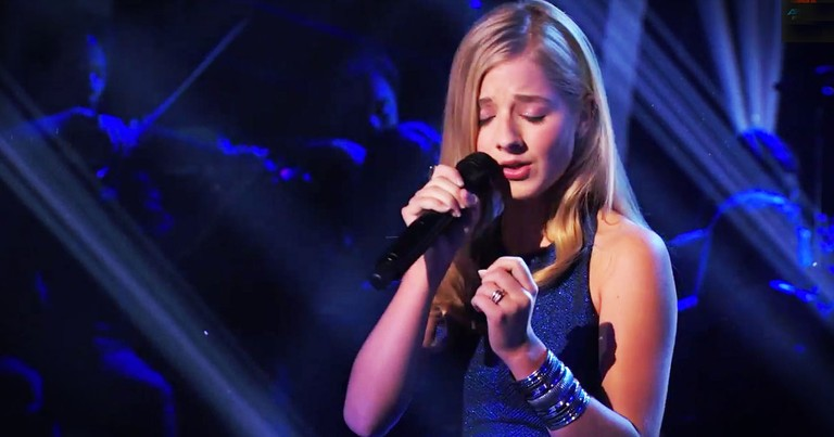 Just When I Wondered Where Jackie Evancho Had Gone, She's Back. And She's STILL Stunning The Crowd!