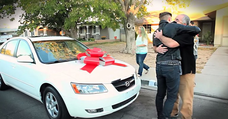 Veteran Gets Huge Surprise From Total Strangers To Say 'Thank You'