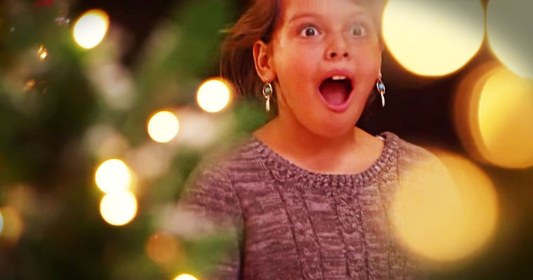 Kids Plan Christmas Decorations And It's Magical