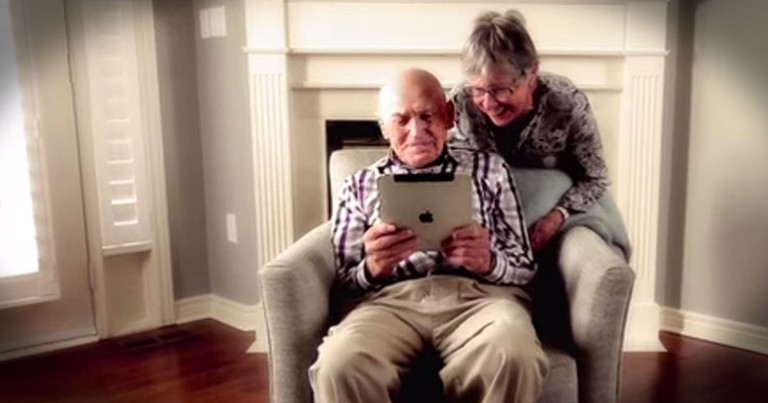 These Seniors Almost Gave Up On The Internet Until These Teens Stepped In!