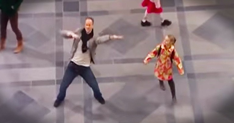 Little Girl and Her Dad Start Epic Flash Mob