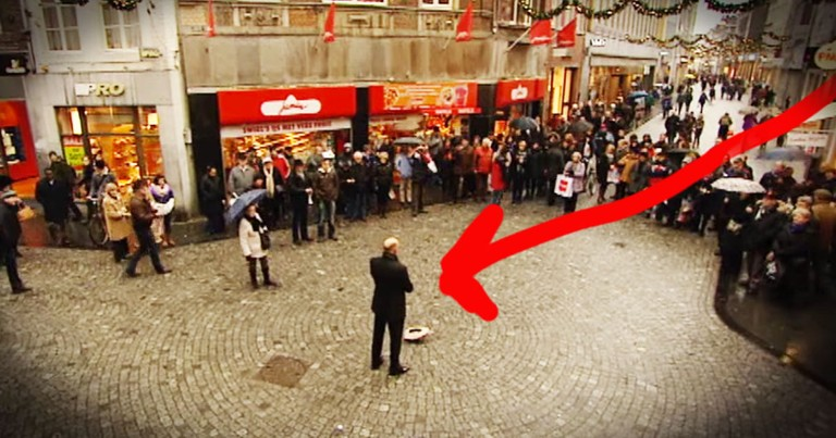 When This Street Performer Started Singing The Whole World Stopped
