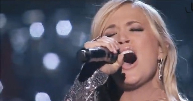 Carrie Underwood Sings How Great Thou Art