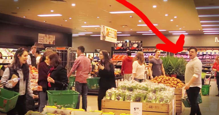 An Opera Flashmob In The Grocery Store...WOW!