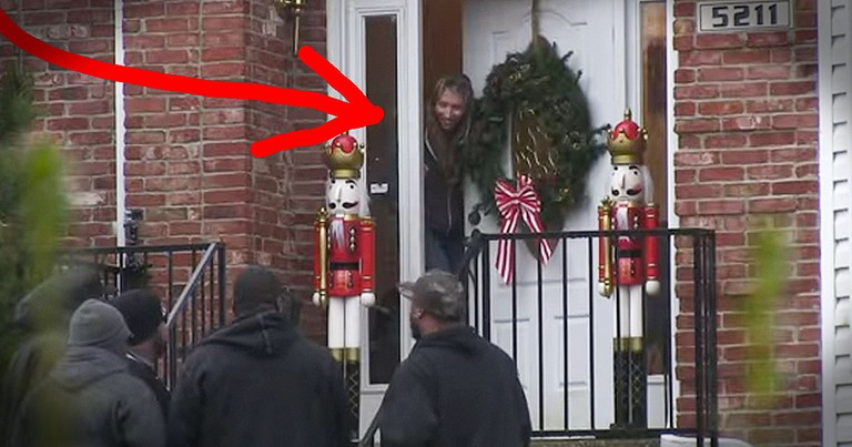 They Open Their Door To Amazing Christmas Surprise