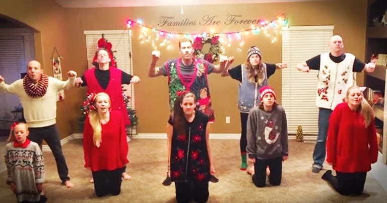Family Of 8 Wows With Synchronized Christmas Dance!
