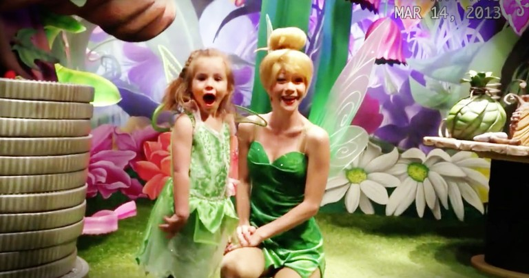 Disney Surprise For A Deaf Little Girl Will Make Your Day