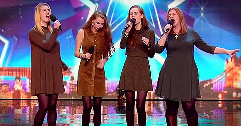 Mother And Daughters' Audition Gets Standing Ovation