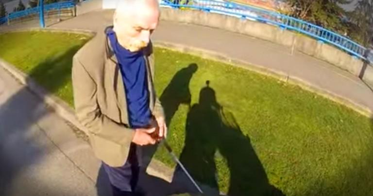 Biker Helping A Blind Stranger Will warm Your Heart