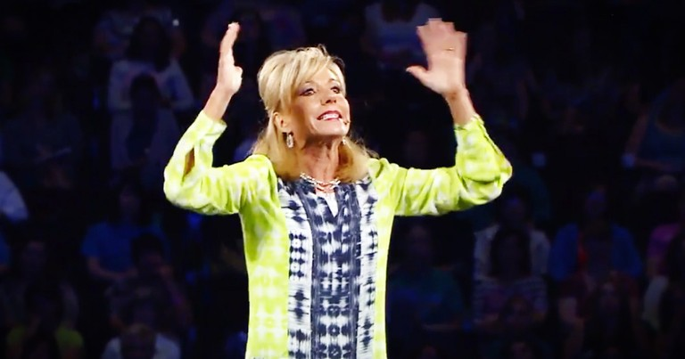 Beth Moore's Tips For Praying When Your Family Is Under Attack Are Incredible