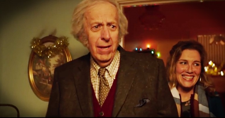 Family Creates Amazing Christmas Surprise For Their Widowed Father