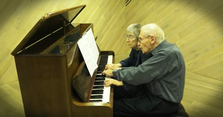 90-Year-Old Husband And Wife Perfectly Play A Classical Masterpieces