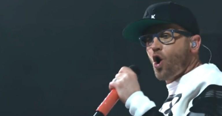 TobyMac's Uplifting Live Performance of 'Speak Life'