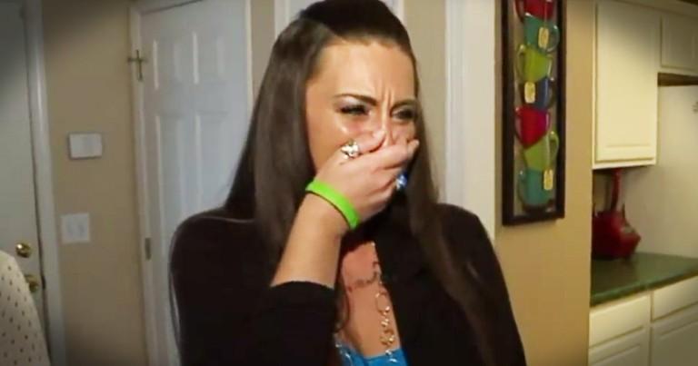 Grieving Mom Is Left In Tears After Hugging A Stranger's Daughter