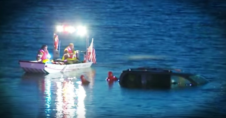Paramedic Refuses To Give Up When He Sees A Carseat In A Submerged Car
