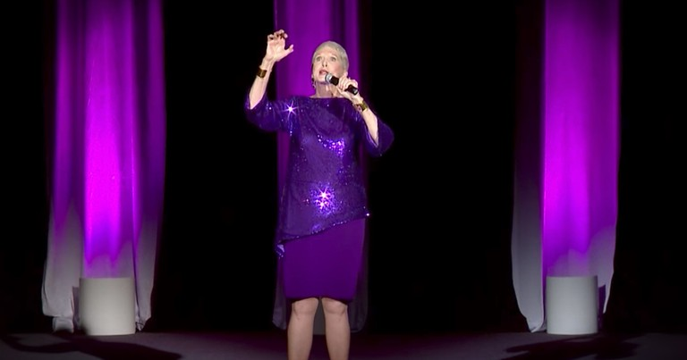 Jeanne Robertson On Sneaking A Smoke As A Kid Will Leave You Rollin'