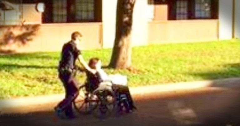 Police Officer Helps Woman After Her Wheelchair Breaks