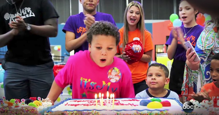 Kind Police Officer Throws Party For Lonely Little Boy's Birthday