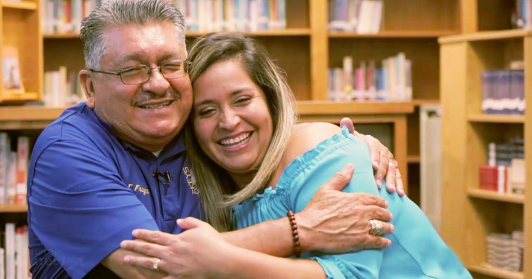 High School Teacher Inspires Former Student To Teach