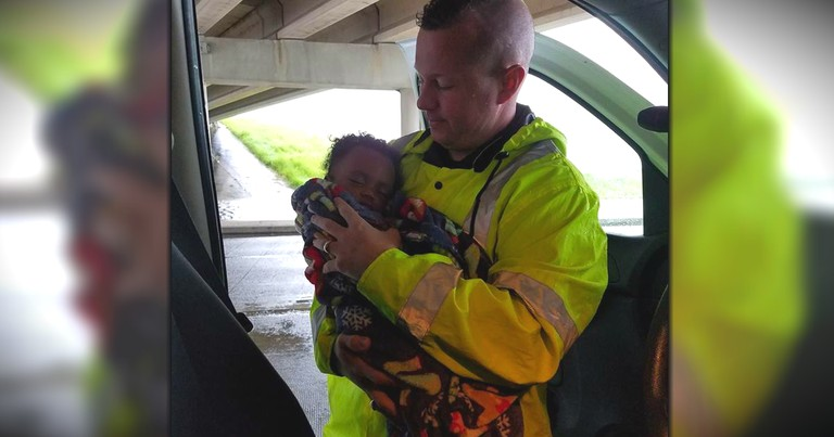 Officer Saves Baby From Harvey Flooding, Then Searches For Missing Mom