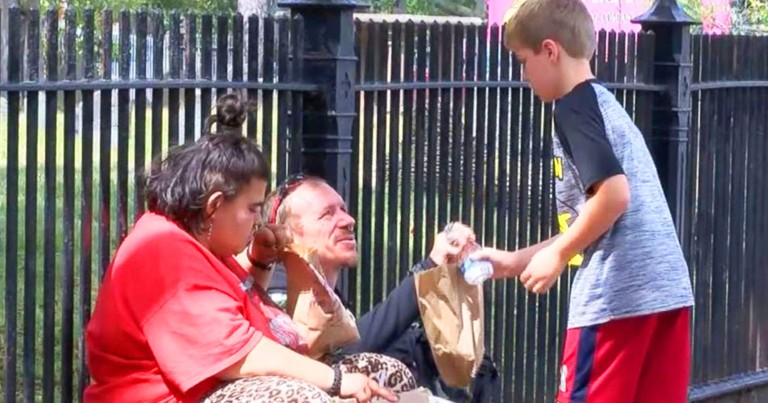 Kind 10-Year-Old Gives Lunches To The Homeless Every Week